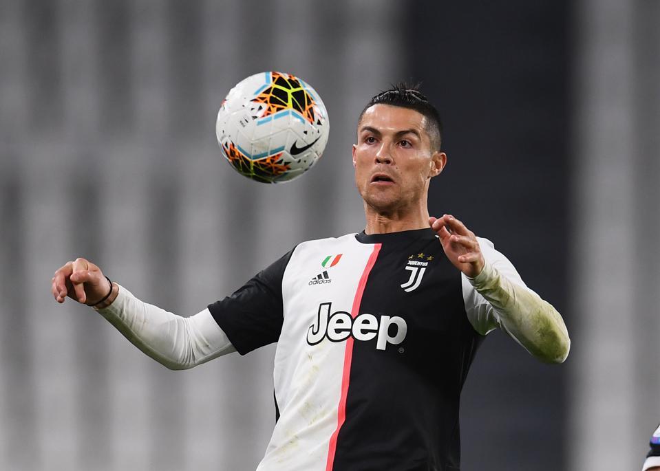Cristiano Ronaldo Menghubungi Sang Agen Untuk Membahas Masa Depan bersama Juventus